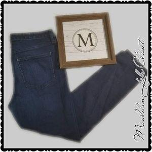 Gap Blue Jeans sz 32R